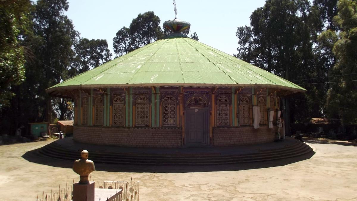 Bale Wold. Visite de l'église Sainte Trinité d'Addis Abeba en Ethiopie.