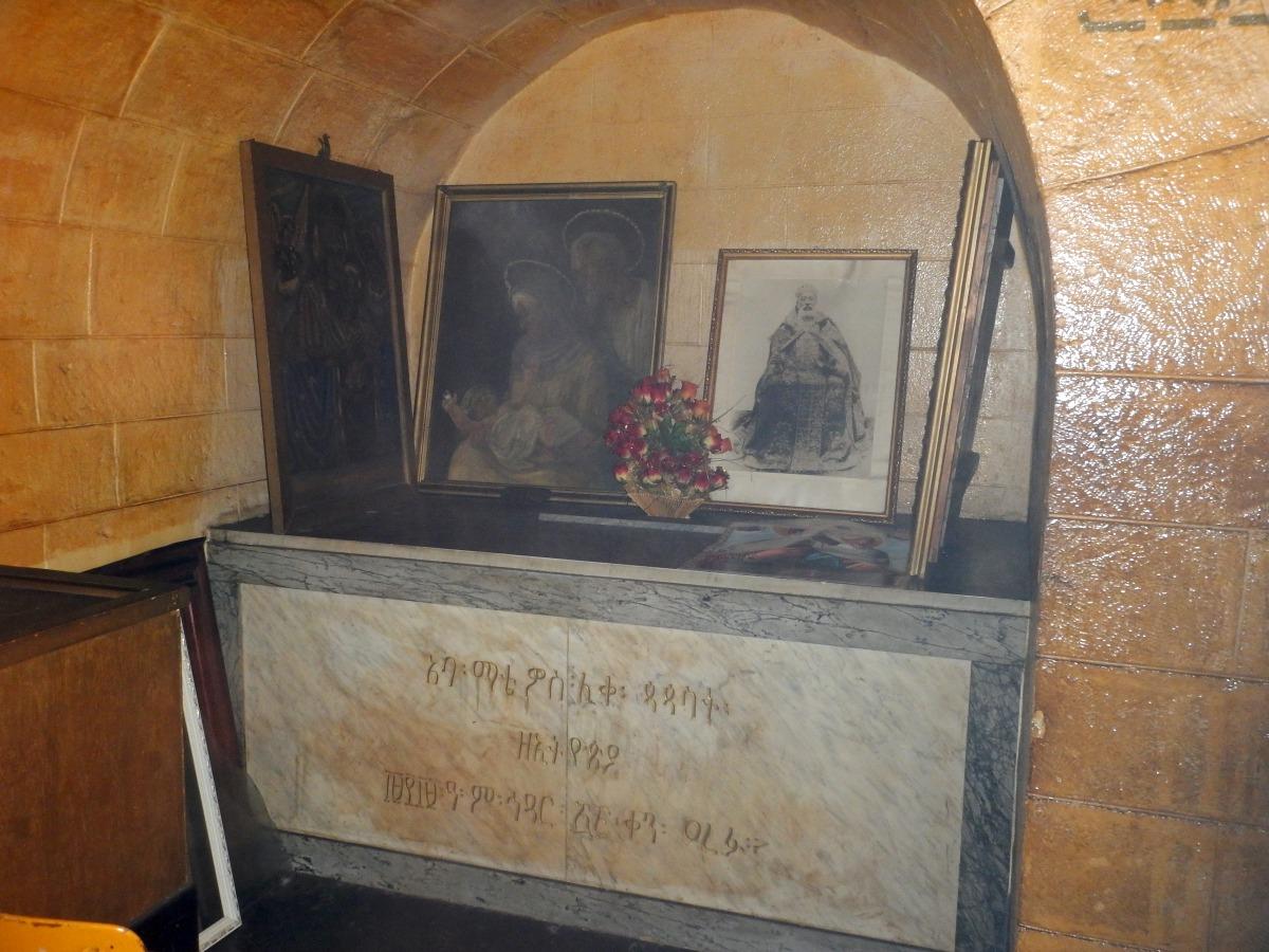 Sépuclcre d'Abuna Mattewos. Visite du Mausolé de Ménélik II (Eglise Beta Maryam) à Addis Abeba en Ethiopie.