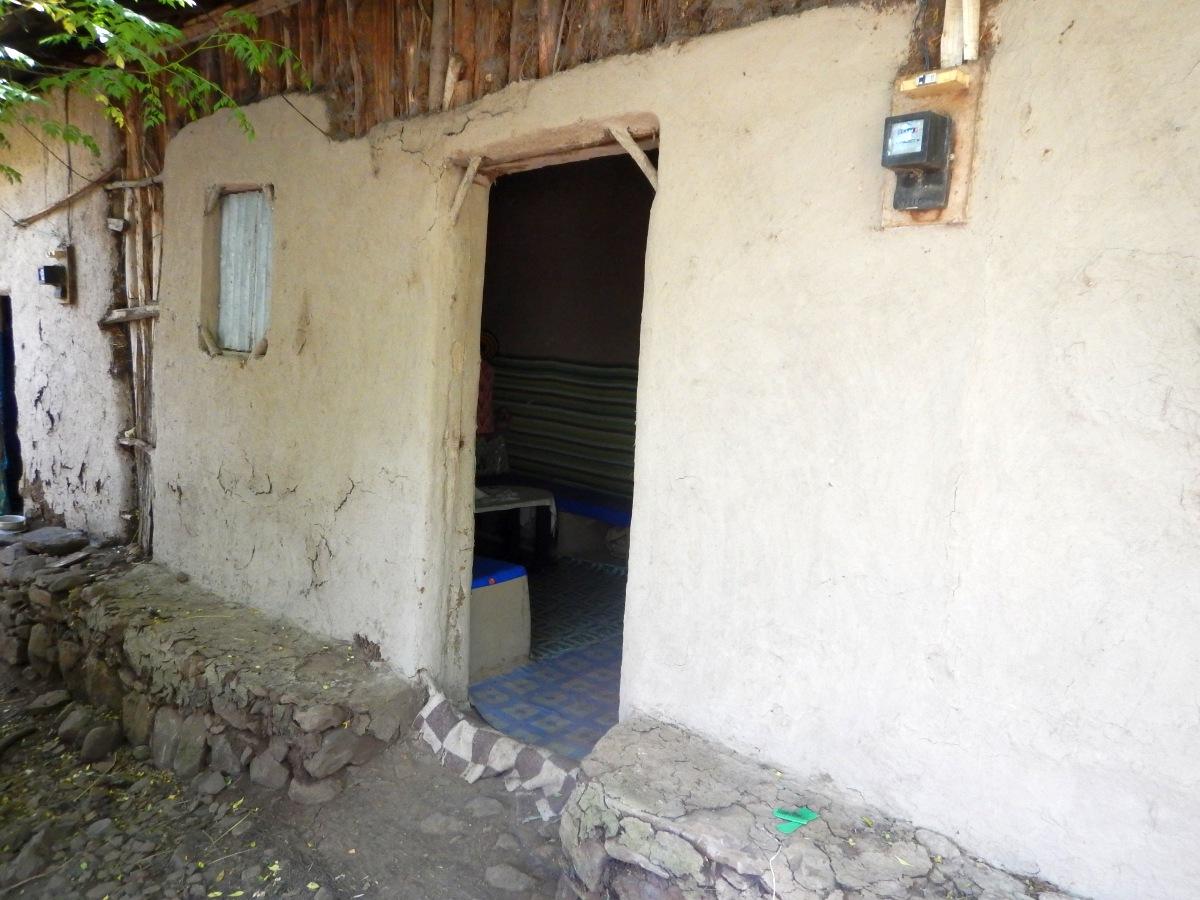 L'entrée de la demeure Awra Amba en Ethiopie