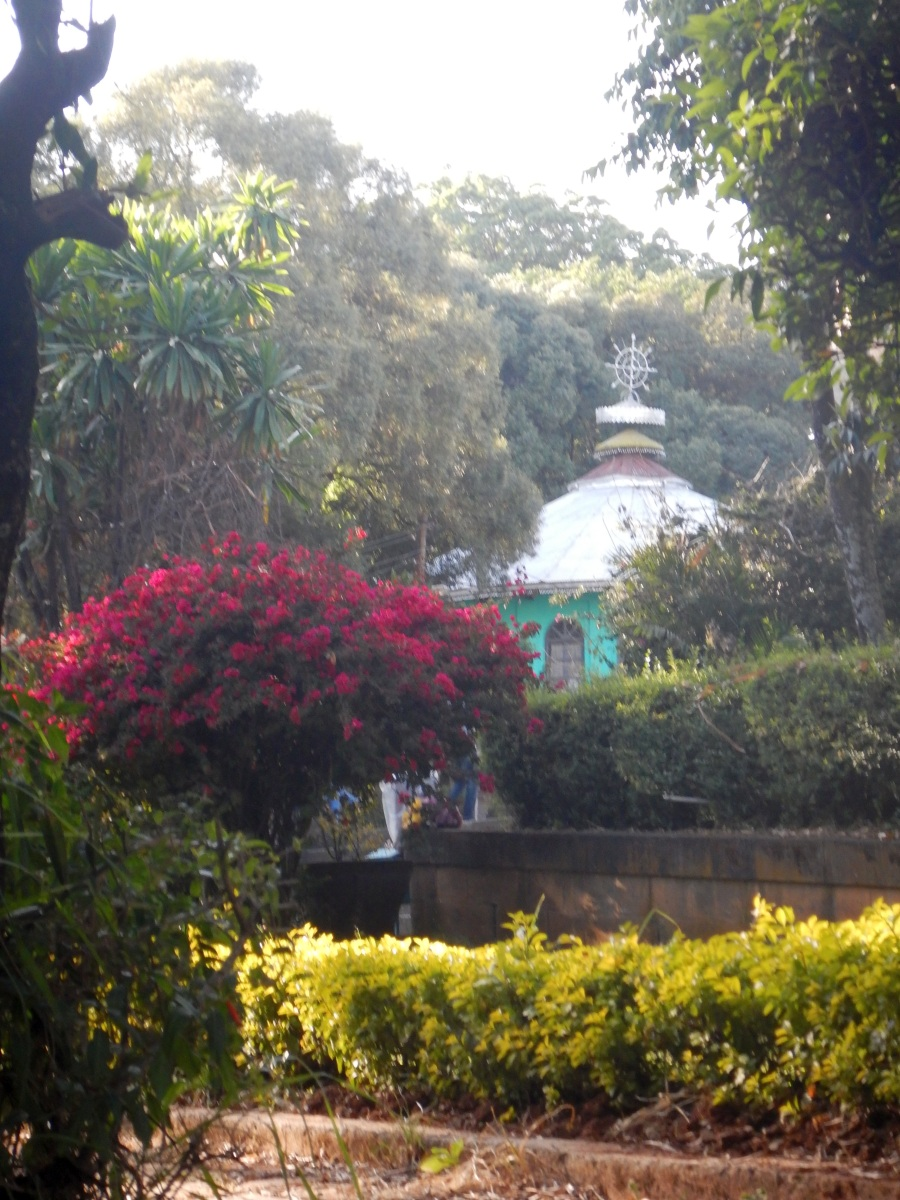 Visite du Mausolé de Ménélik II (Eglise Beta Maryam) à Addis Abeba en Ethiopie. Visite de Addis Abeba, capitale de l'Ethiopie. Voyage Séjour Trekking et randonnée, Road trip en Ethiopie.  Région Amhara.
