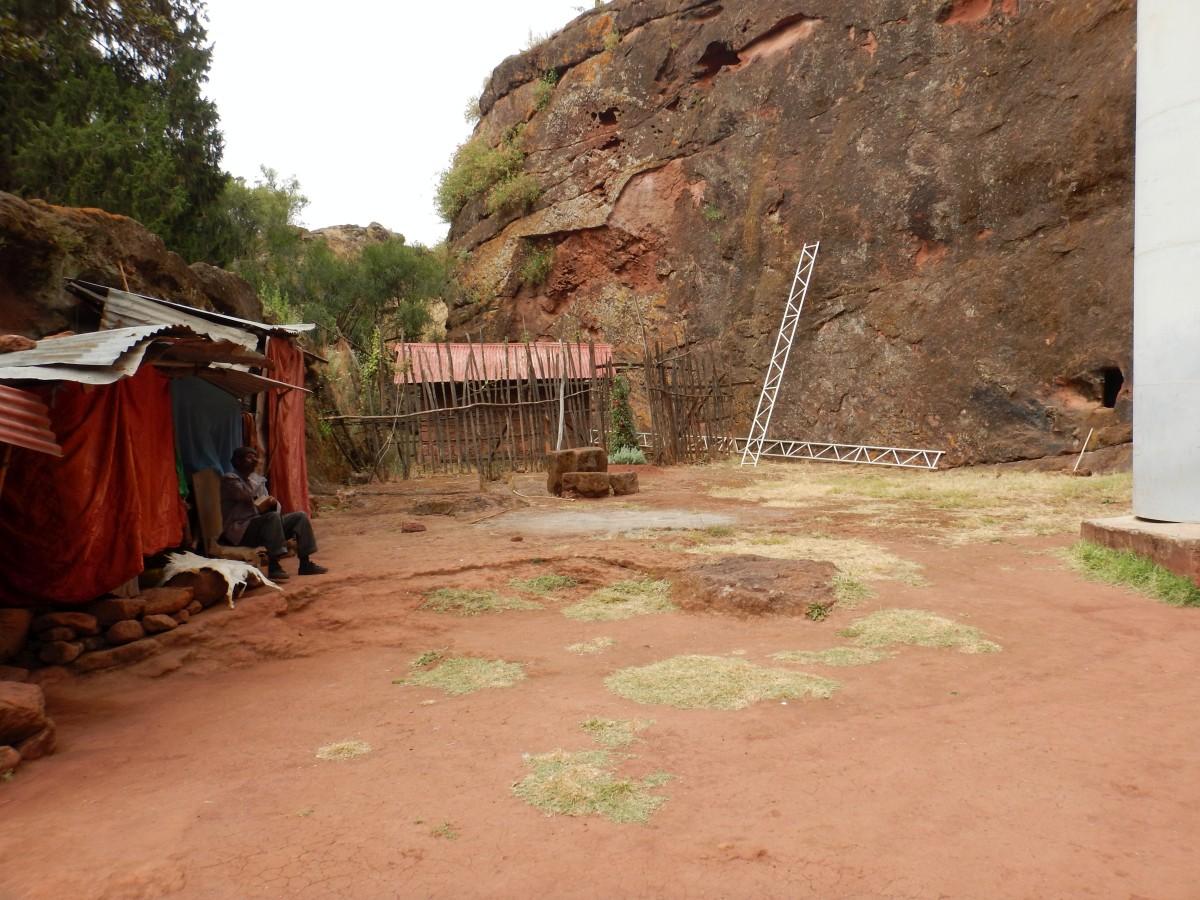 La maison du gardien de Beta Aba Libanos.Visite de l'église monolithique Beta Abba Libanos de Lalibela en Ethiopie