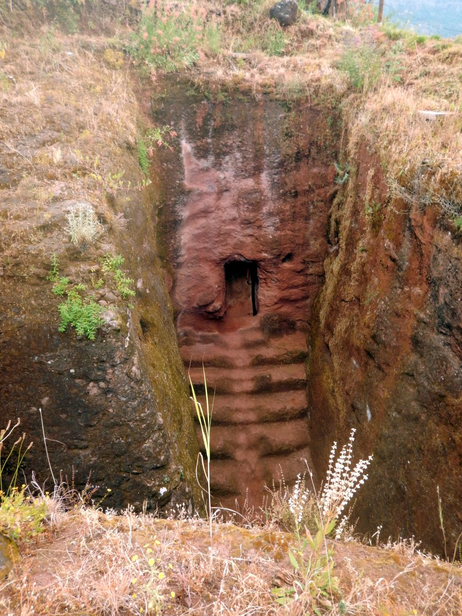 Trek, randonnée autour des églises monolithiques  de Lalibela en Ethiopie Trek à  Lalibela Voyage Séjour Trekking Randonnée Road Trip en Ethiopie.
