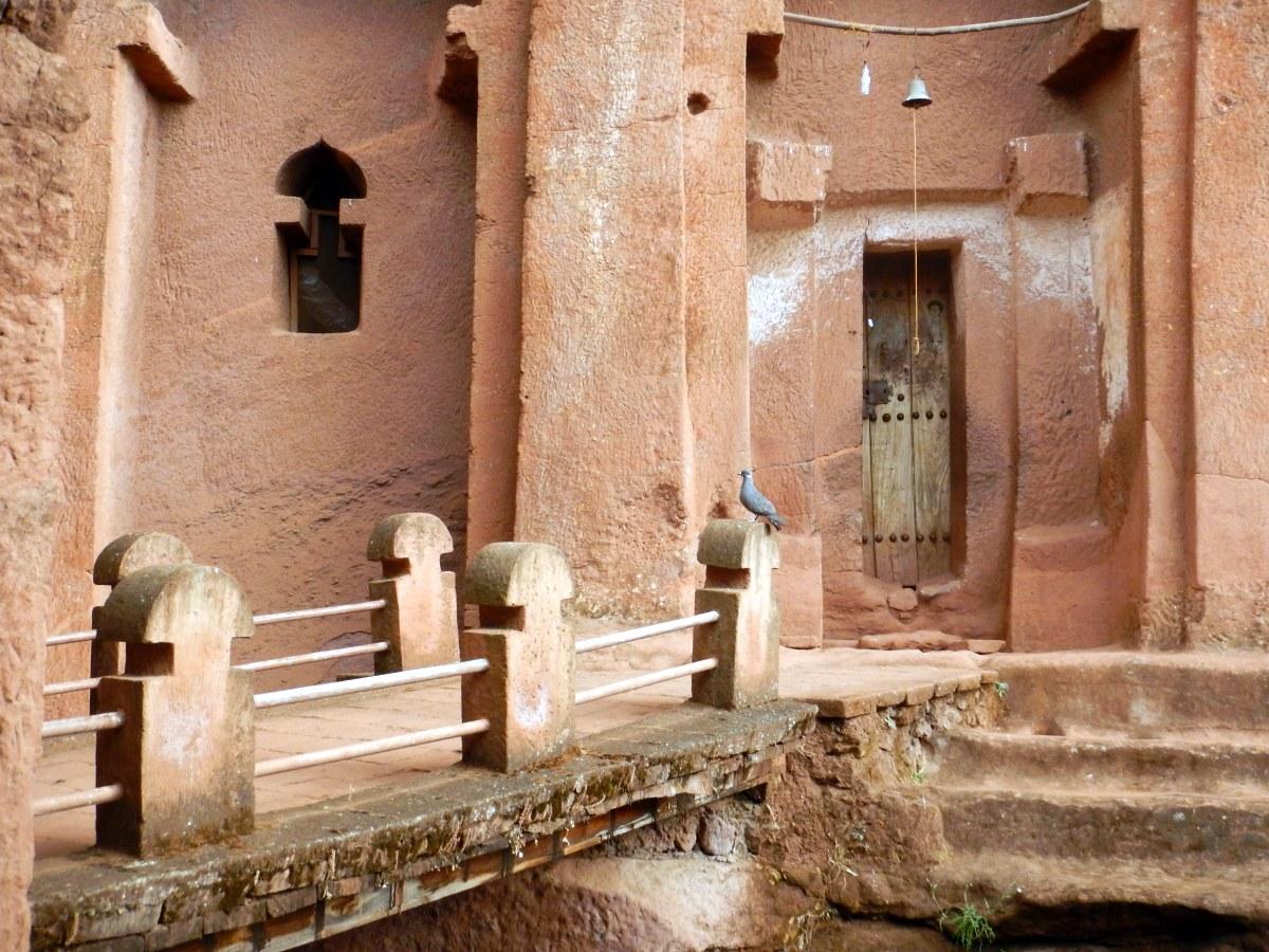 Visite des Eglises Beta Gabriel et Beta Raphael à Lalibela en Ethiopie Trek à  Lalibela Voyage Séjour Trekking Randonnée Road Trip en Ethiopie.