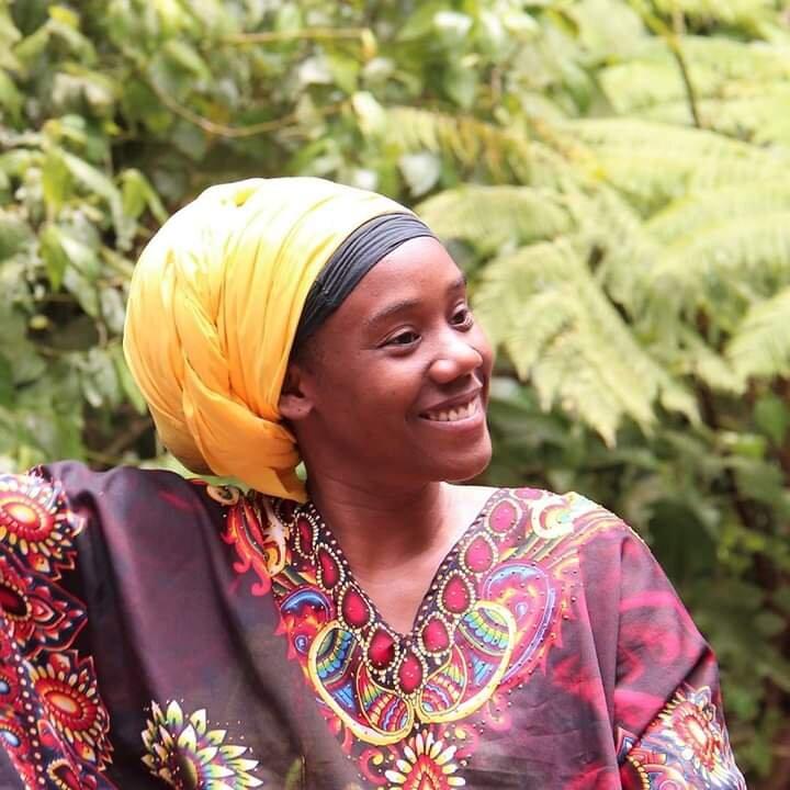 Salamta Shashamane Soutient à Shashamane Mawuli-Ethiopie Plateforme Commerce Vêtements Robes écharpes habesha Textile Café Epices Ethiopiennes Artisanat Ethiopien Solidaire Equitable Made in Ethiopia Voyage Séjour Trek Vélo Bike Trekking Randonnée Road Tr