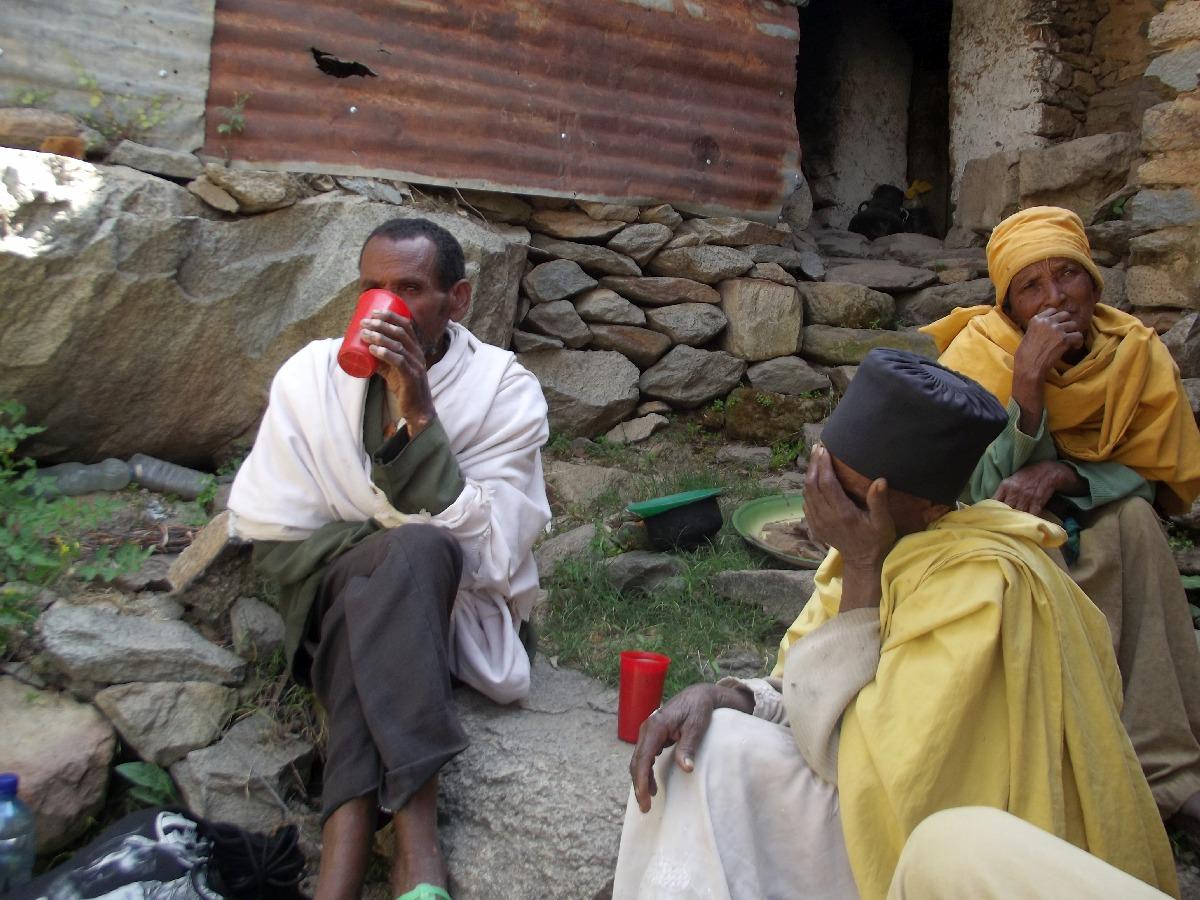 Trek, randonnée et visite d'Axum en Ethiopie. Autour d'Axum. Le Monastère mixte de Debre Liqanos