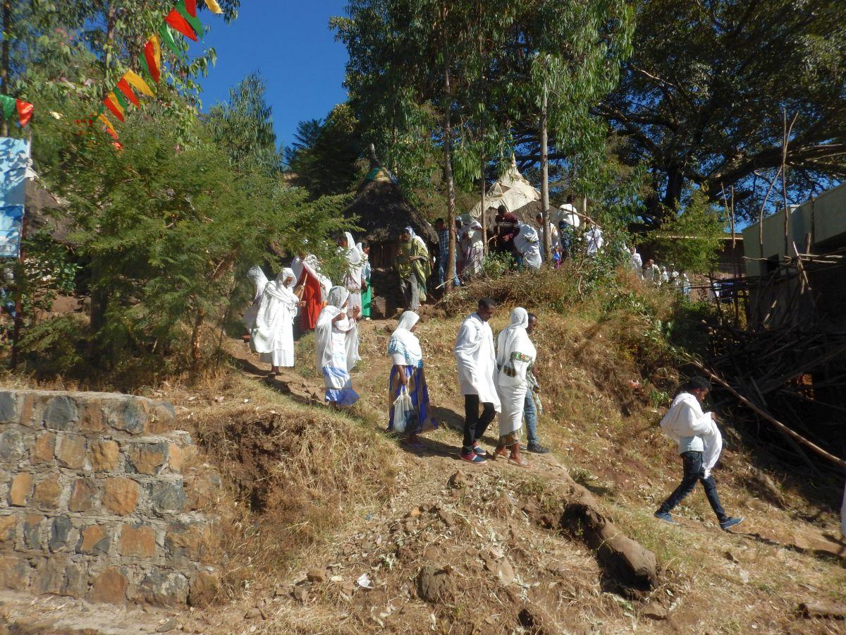La sortie . Voyage Séjour Road Trip Trek Trekking Randonnée en Ethiopie. Gondar en Ethiopie. L'Eglise Kuskuam Maryam de Gondar