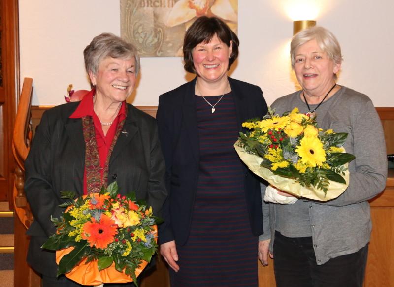 Verabschiedung von Edith Hamdorf (l.) und Karin Bentschneider (r.) aus den Fach-AKs