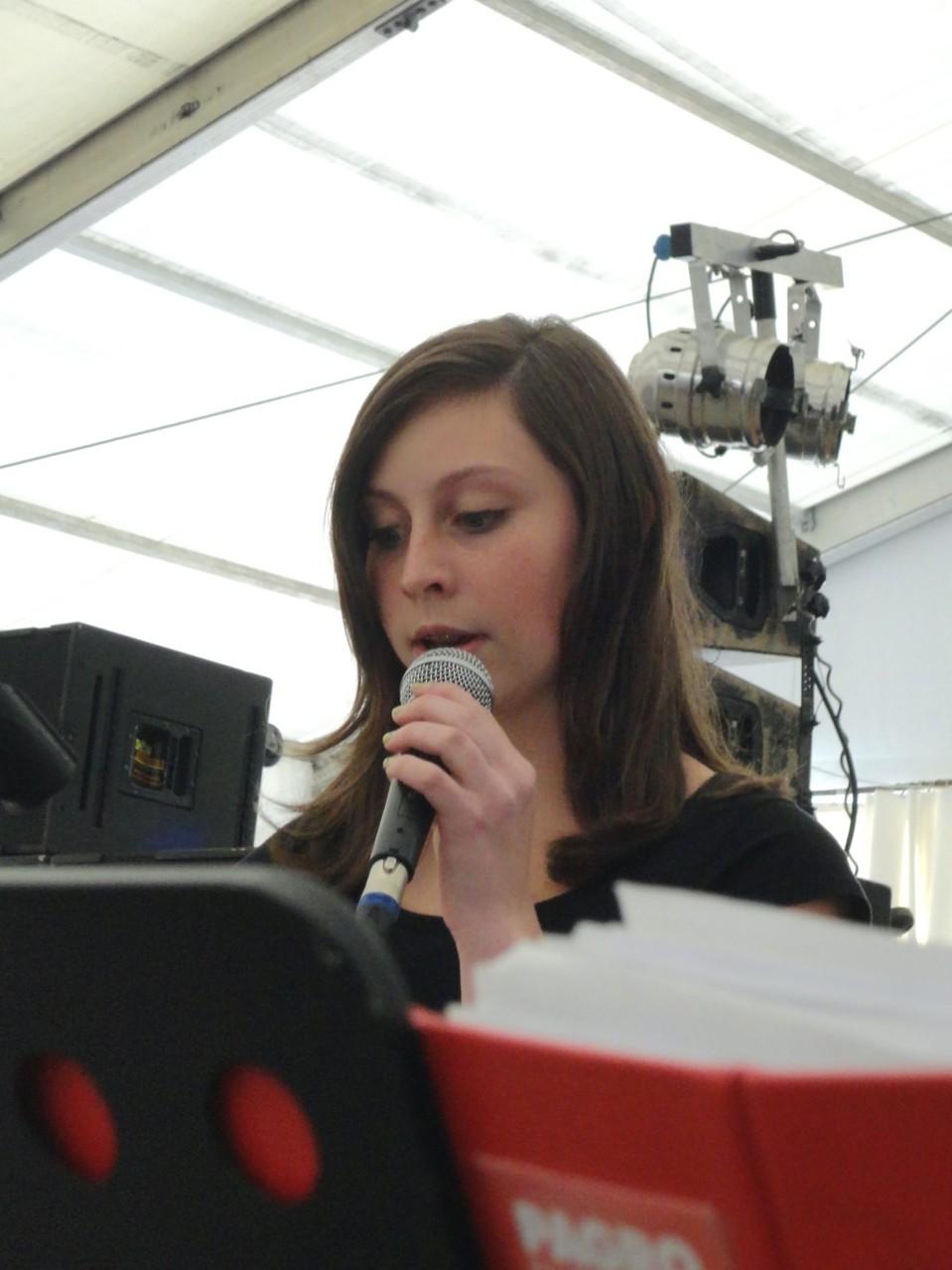 Kathi Baumgartner ist mit dem Mikro zur Welt gekommen.