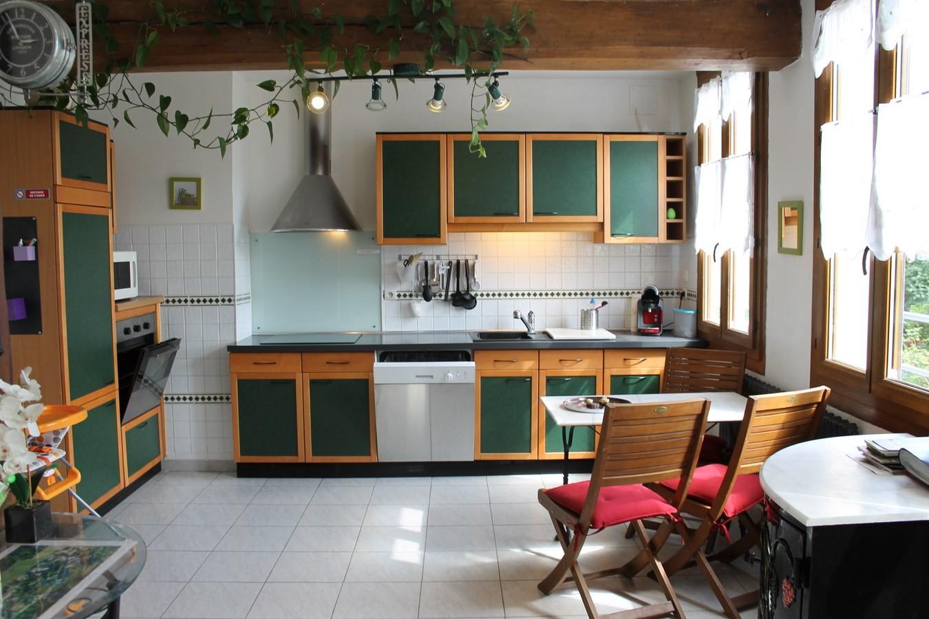 Entrée par la cuisine