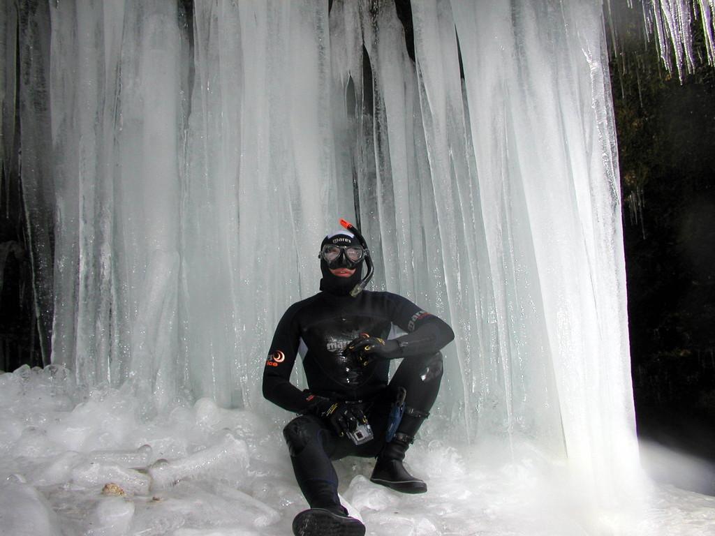 Max vor dem Eispalast