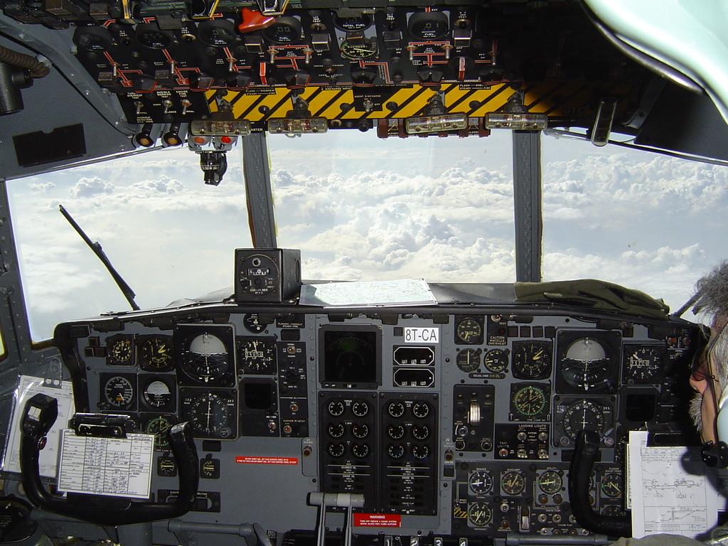 Flightdeck C130