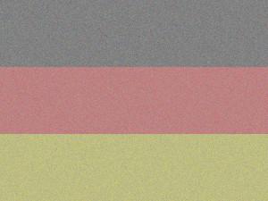 Dieses Bild von Thorsten Hülsberg zeigt eine ausgeblichene Deutschlandfahne.