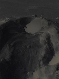 Dieses digital bearbeitete Schneebild von Thorsten Hülsberg lässt einen dunklen Geist erkennen.