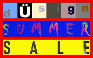 Hier stehen untereinander künstlerisch bearbeitet und mit rotem Rahmen die Worte: dÜsign Summer Sale.