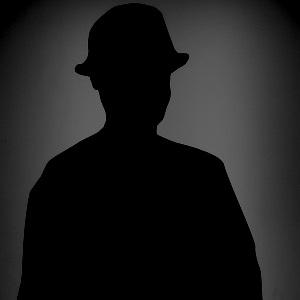 Dieses Bild von Thorsten Hülsberg zeigt einen Schattenmann.