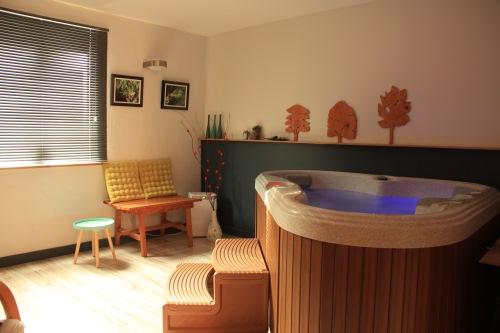 le chalet d 39 athaline chambres d 39 hotes argeles gazost. Black Bedroom Furniture Sets. Home Design Ideas