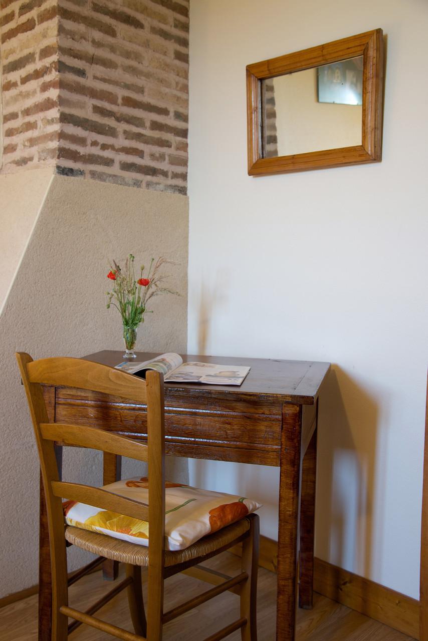 table chambre coquelicot