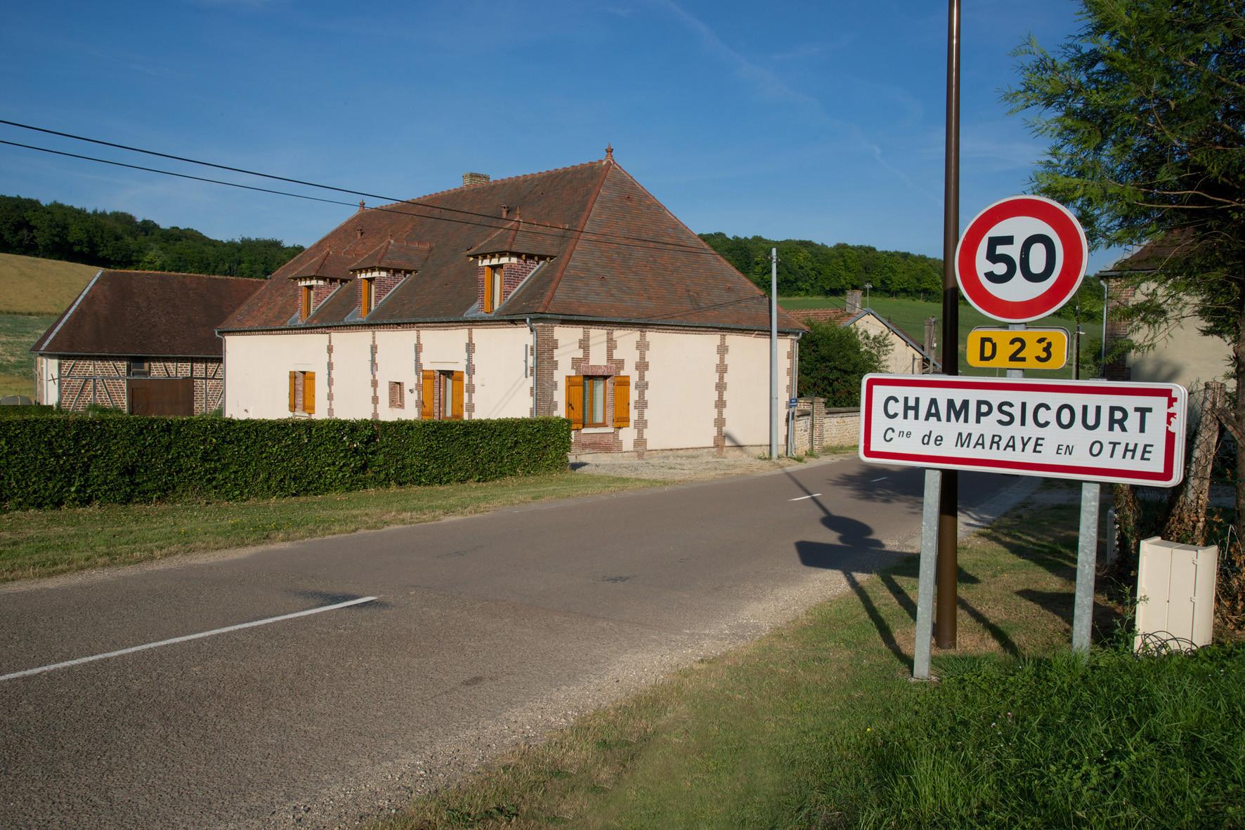 """chambre d'hôtes """"Les Furets"""" Champsicourt D23"""