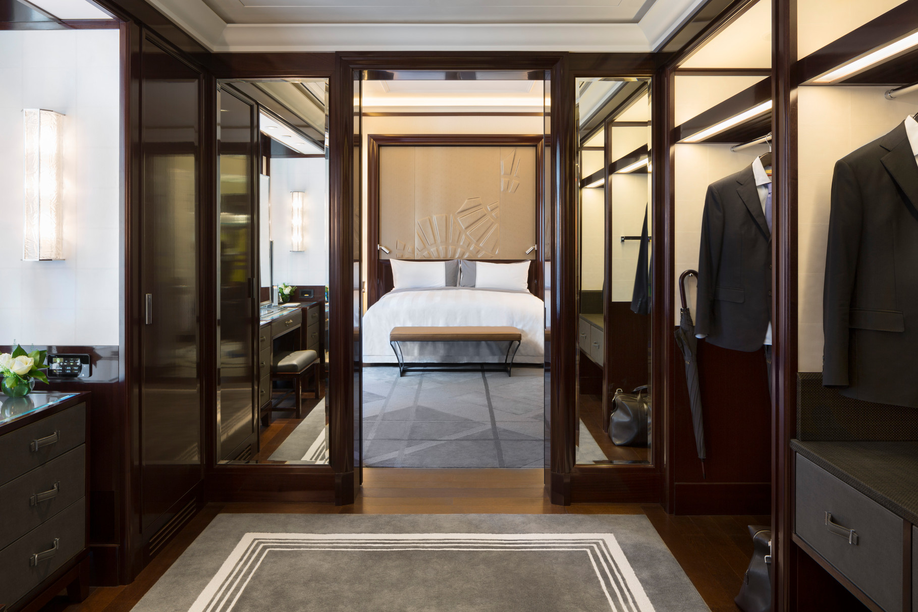 The Peninsula Paris An Introduction Honouring The French  # Muebles Savoir Faire