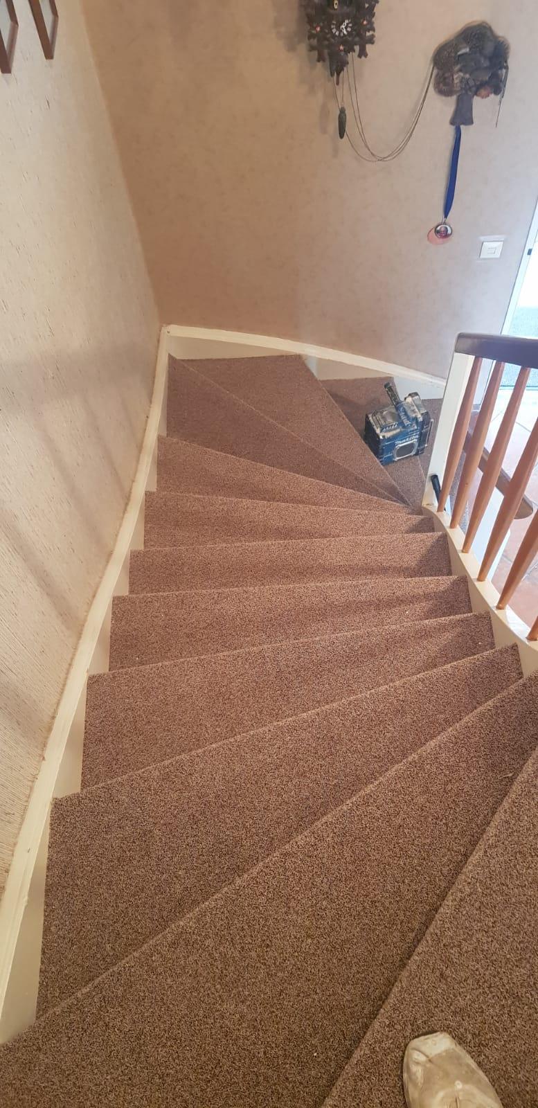 Neuer Stufenbelag für alte Treppen