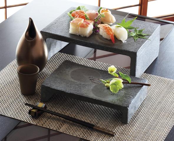 飲食店・ホテルむけの陶磁器の提案をしております。今までにない煌びやかで斬新な器は、料理をより一層映えさせます。