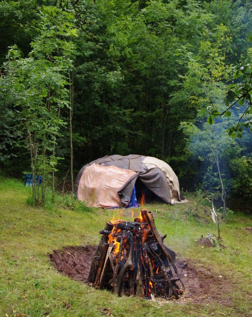 Unsere Schwitzhütte aus Weide