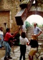 séjour en famille au château médiéval de Tennessus soulevement du pont levis