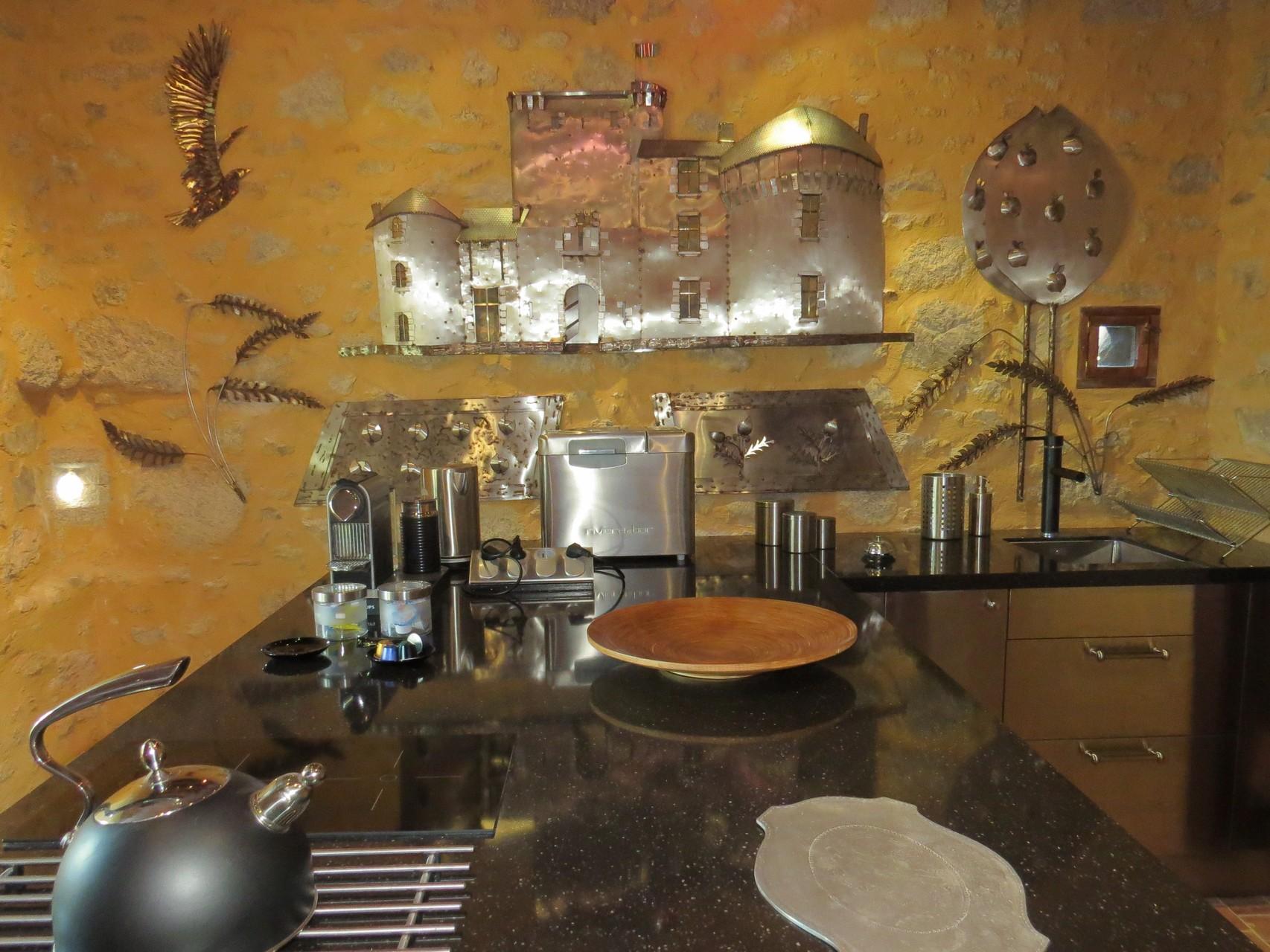 coin cuisine thé et café àu chateau médiéval de Tennessus