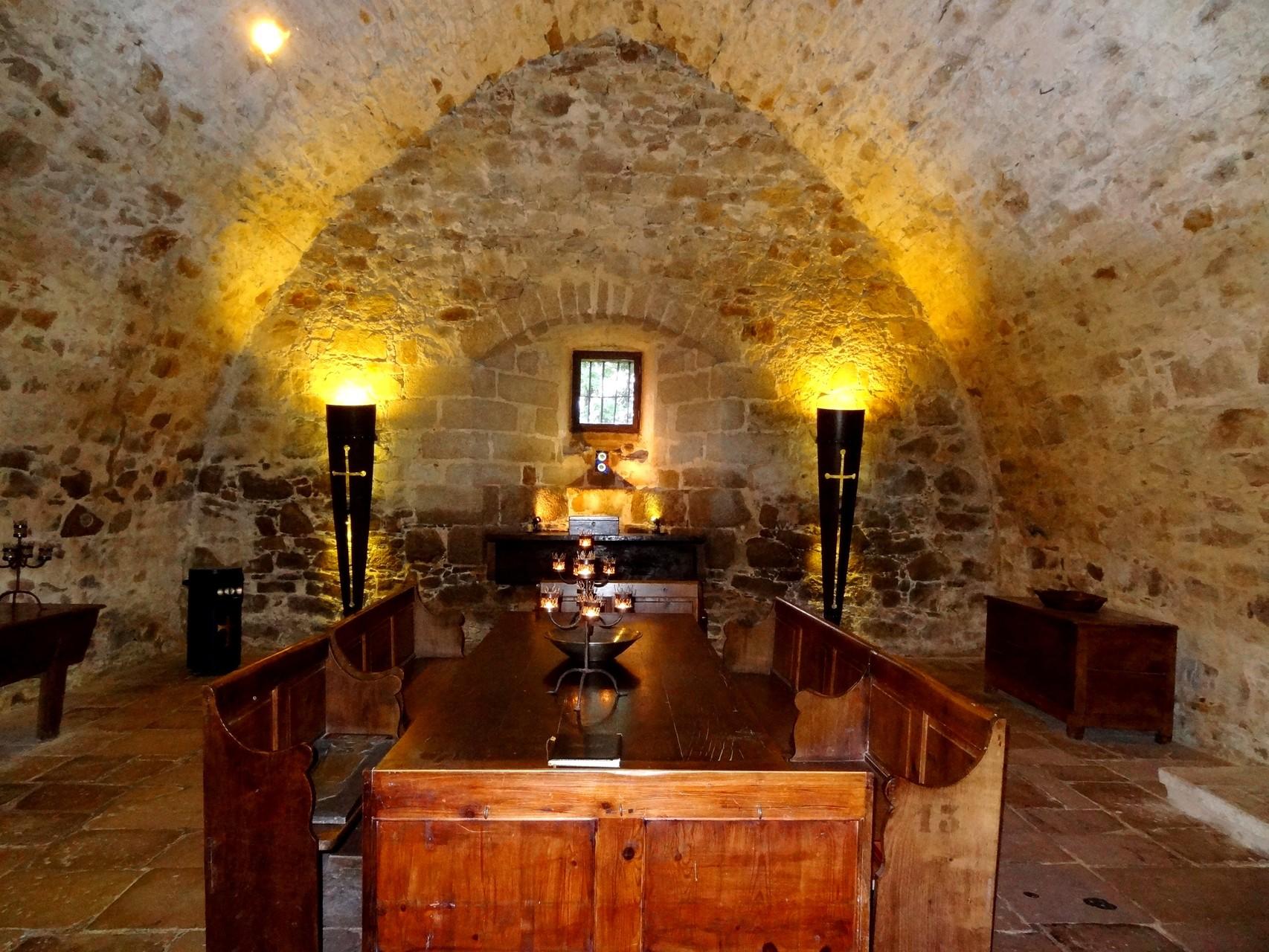 Salle de Gardes chateau-fort de Tennessus