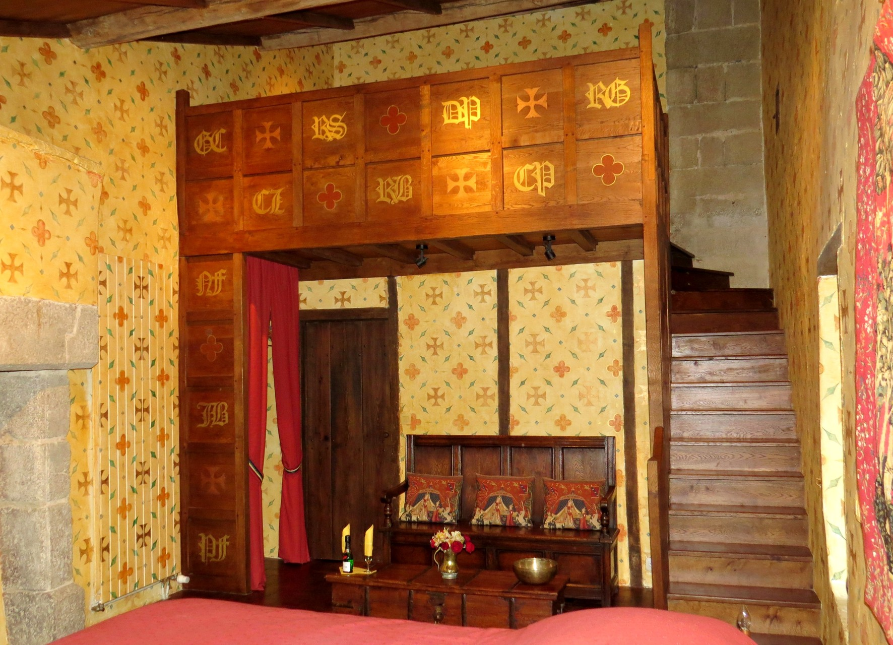 chambre médievale Suite chatelaine,  forteresse de Tennessus