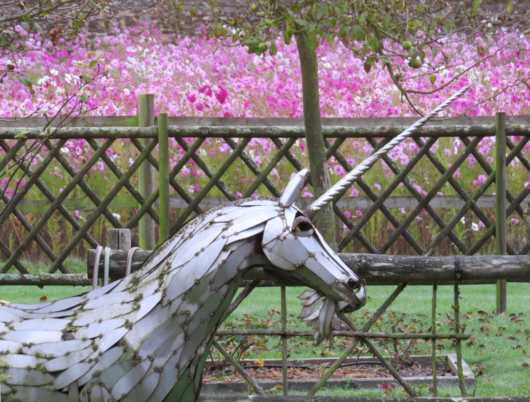 La licorne au potager médéval de Tennessus