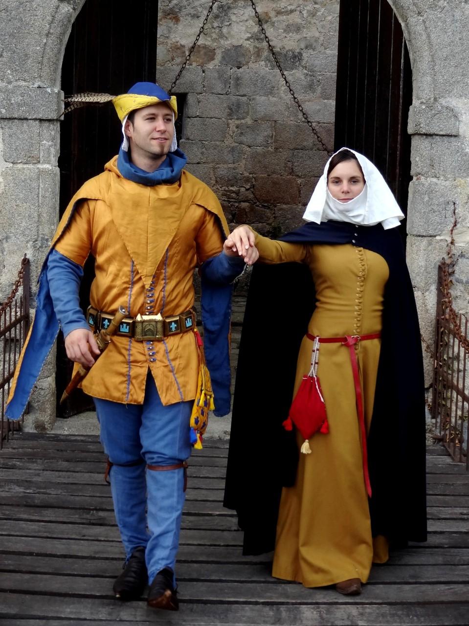sejour medieval insolite  au chateau-fort authentique
