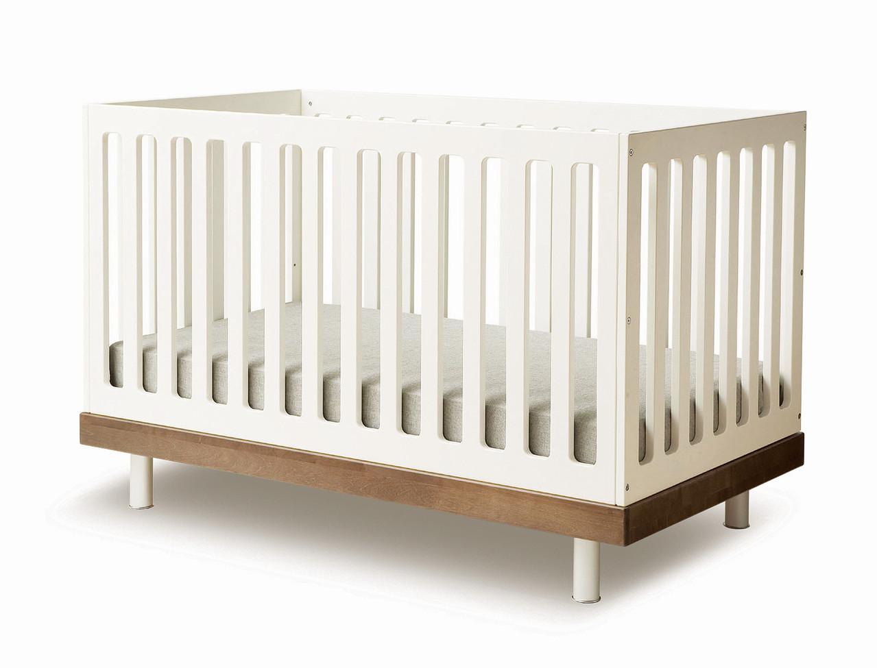 Kinderbett designklassiker  Oeuf Classic Babybett 70x140 cm Weiss/ Walnuss - KIND DER STADT in ...