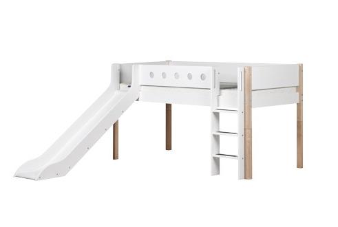 flexa white halbhohes bett mit rutsche wei natur kind der stadt kinderwagen und kinderm bel. Black Bedroom Furniture Sets. Home Design Ideas