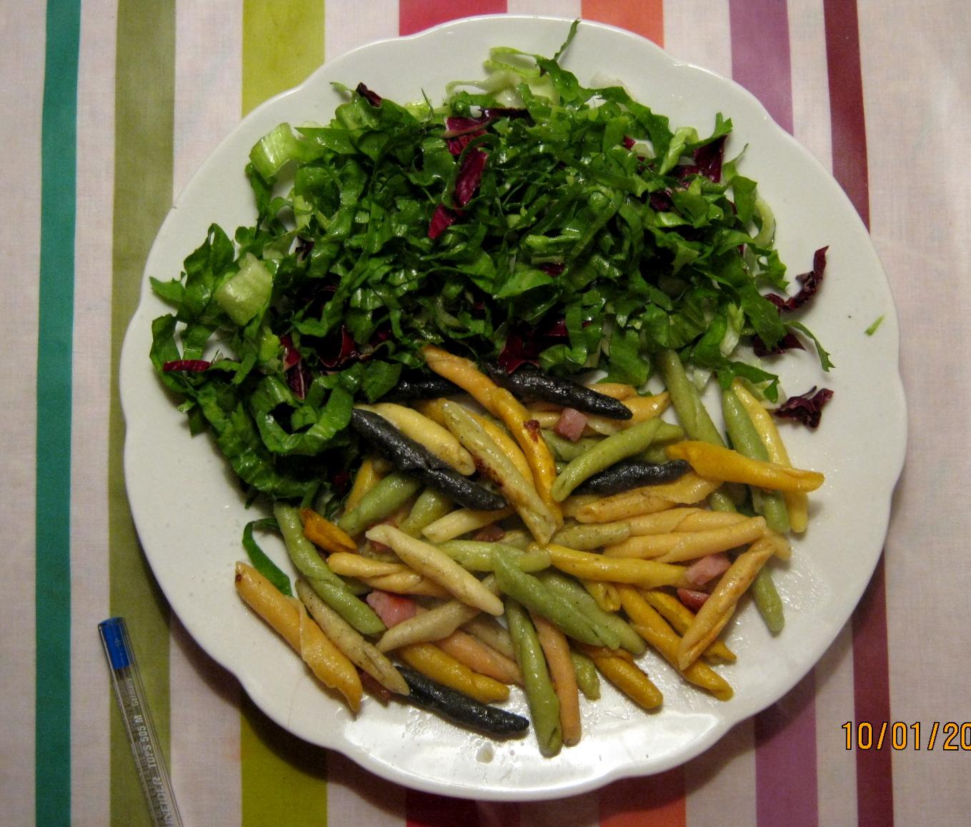 Salat mit Nudeln