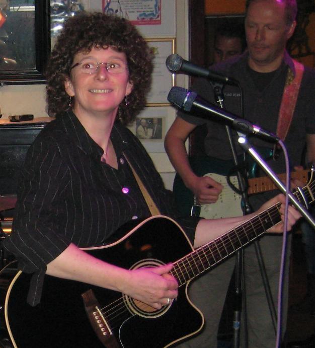 Kathleen Cross - Arno Helmling