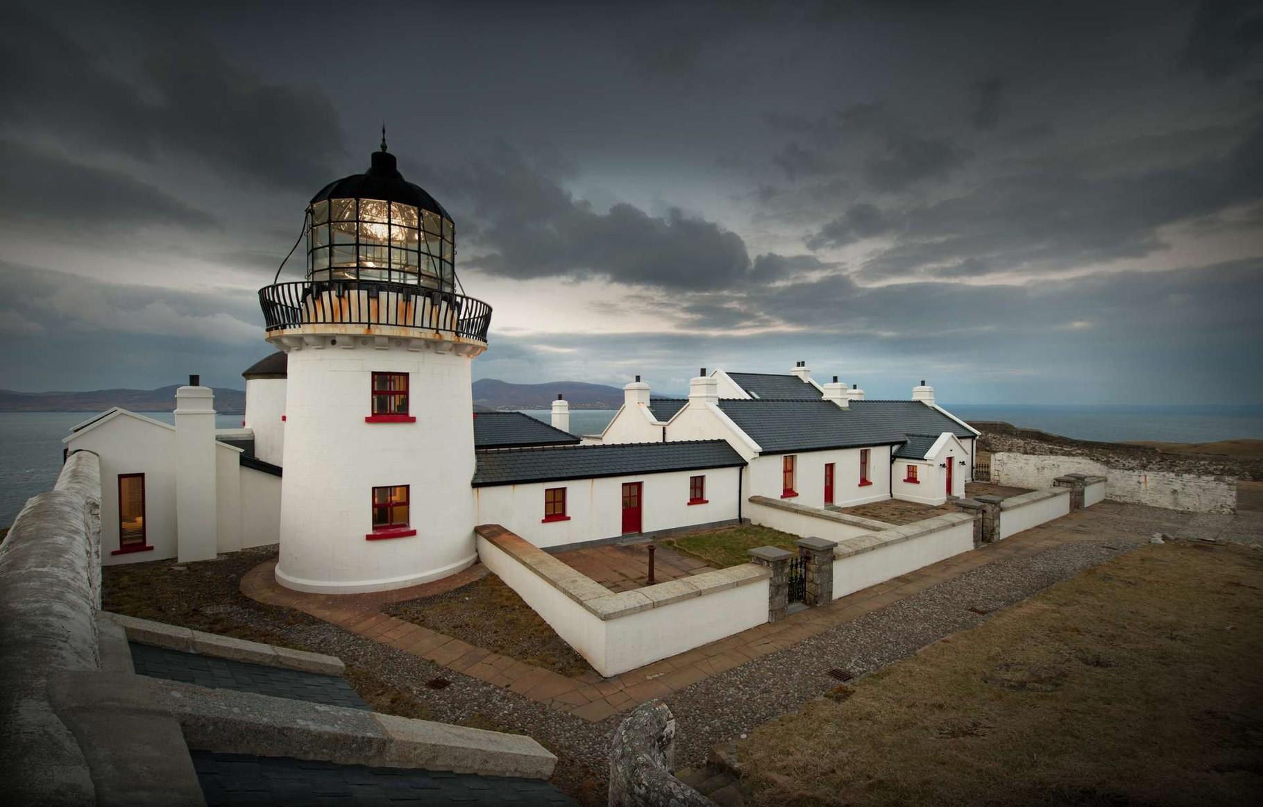 Clare Island Lighthouse - hoch über dem Meer