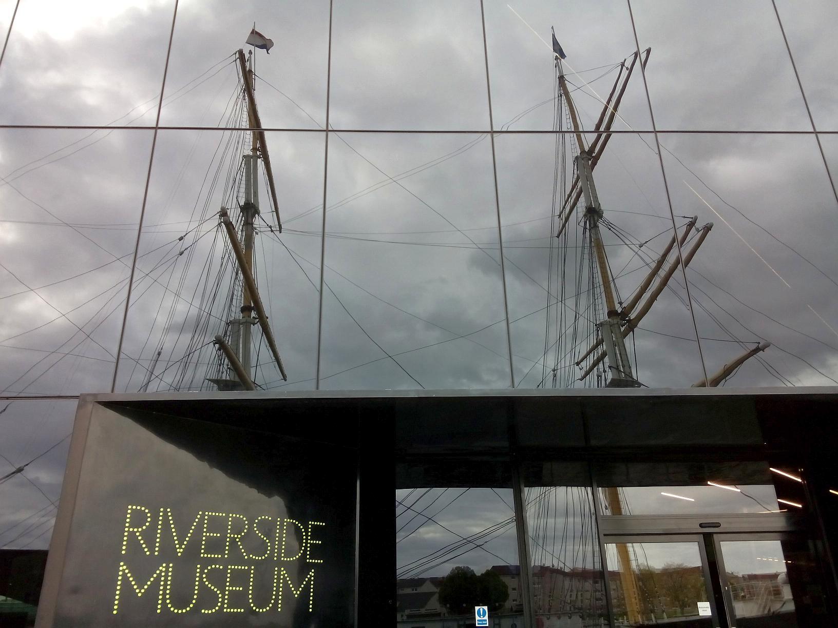 Riverside Museum mit Tallship, Glasgow