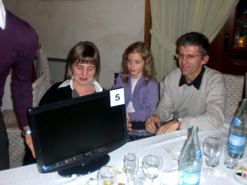 """Asd VP Parolin    Pranzo Sociale 07/11/2010    Il fortunato vincitore del quinto premio TV LCD 19"""""""