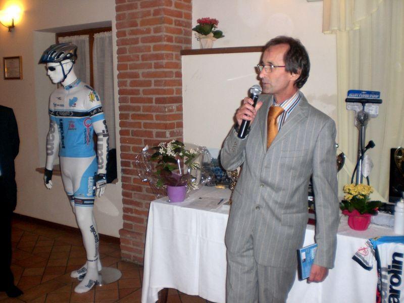 Asd VP Parolin    Pranzo Sociale 07/11/2010    Ed un bentornato fra noi al Presidente Onorario Gilberto Parolin