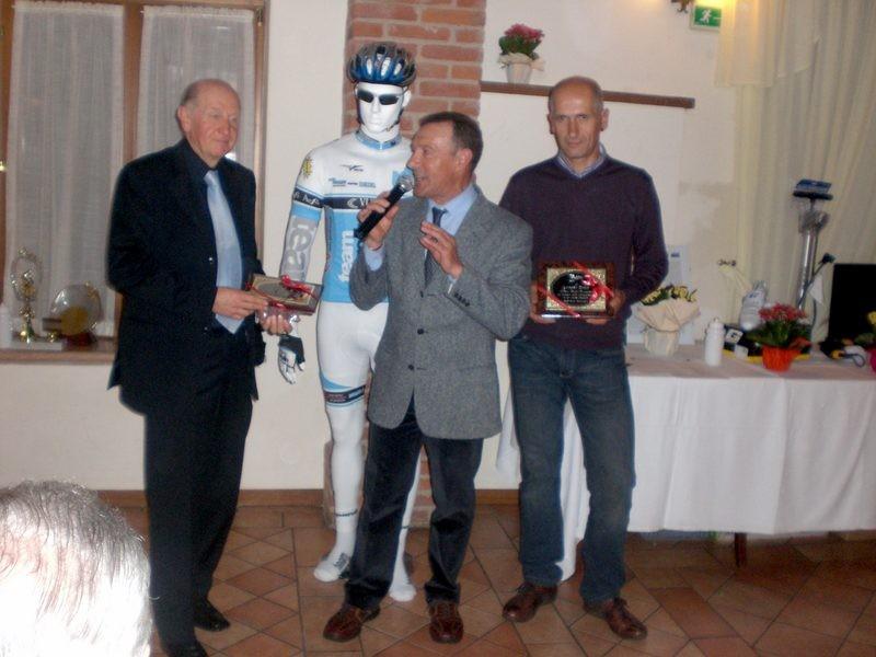 Asd VP Parolin    Pranzo Sociale 07/11/2010    Riconoscimento a Gianni e Lorenzo