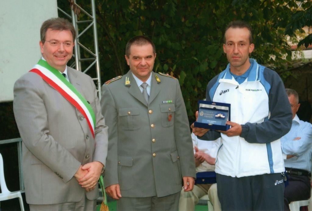 Comune di Rossano Veneto. Premiazione alla carriera ciclistica di Bonin Maurizio