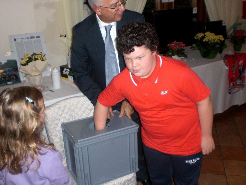 Asd VP Parolin    Pranzo Sociale 07/11/2010    Inizia l'estrazione della lotteria