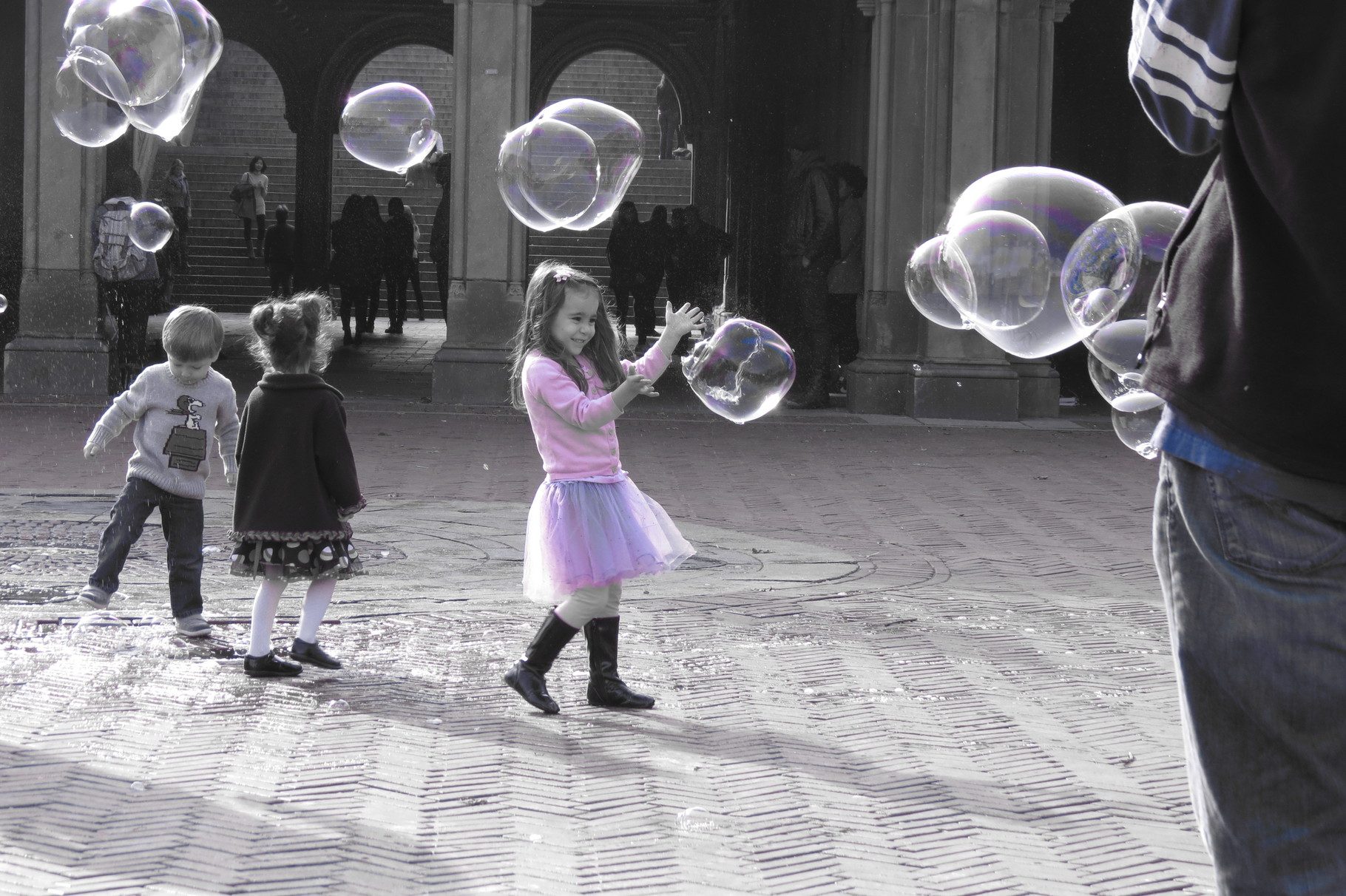 New York, Central Park, Bethesda Terrace - Innocence - little things make life great