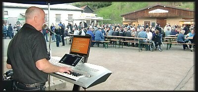 zur Walpurgisnacht am 30.Mai 2012 in Steinbach auf den Festplatz