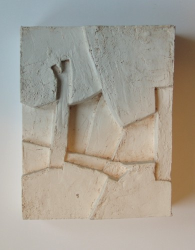 o.T. 1992. Gips-Relief. Format: ca. 20,5 x 16,5 x 5,5 cm