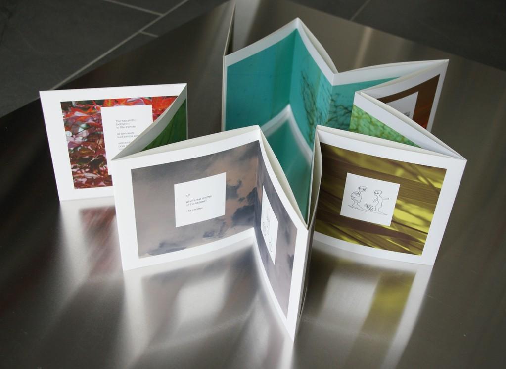 Aus der Traum, 2011 Band 2. Inkjet-Print auf Enhanced Matte Paper und Enhanced Matte Poster Board. Auflage: 12 Ex. Format: 16 x 16,5 cm