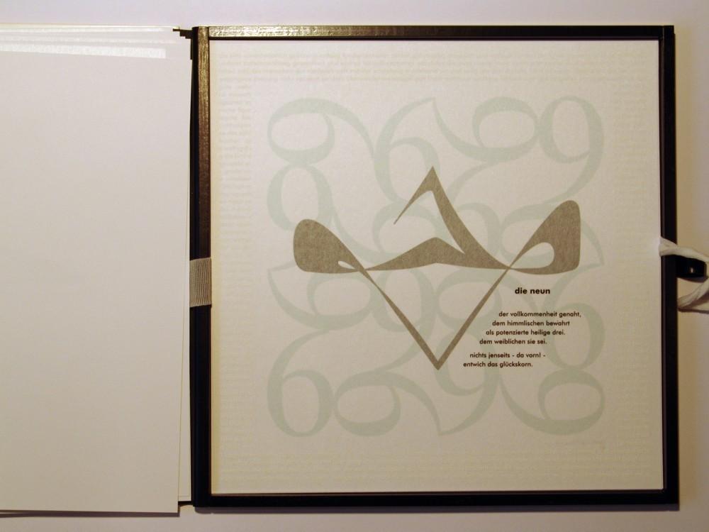 Die Neun. Siebdruck in Kleinstauflage auf Japan- und Offsetpapier, Format 40 x 40 cm
