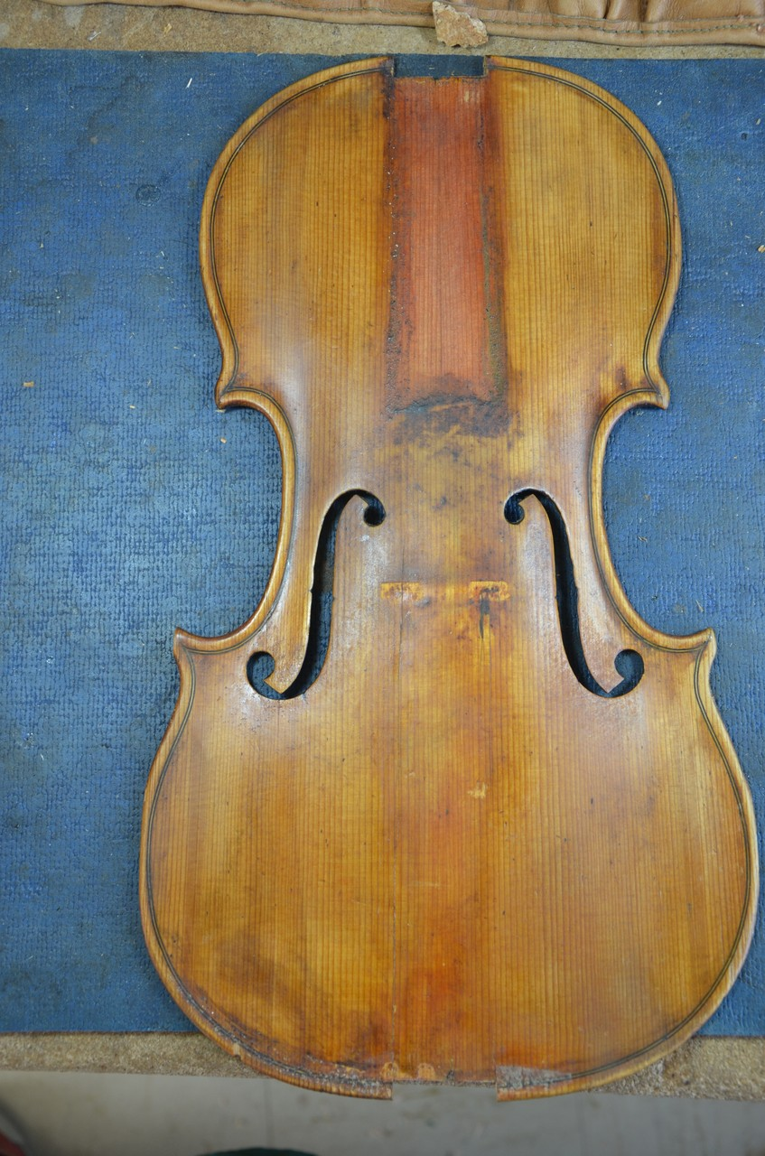 violintop before cleaning