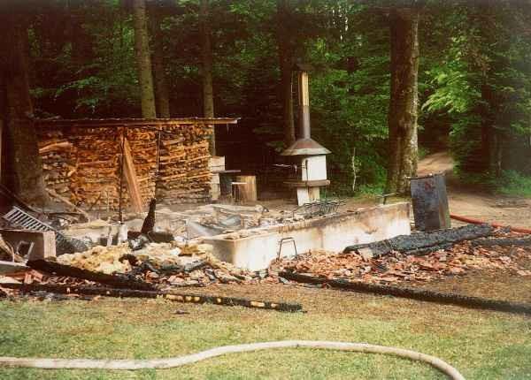 2003 Brandruine Hornusserhütte
